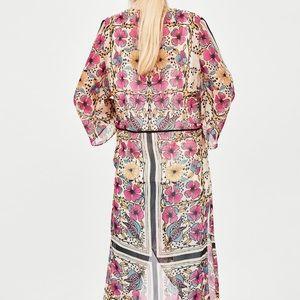 Zara Jackets & Coats - Zara floral print dressing gown